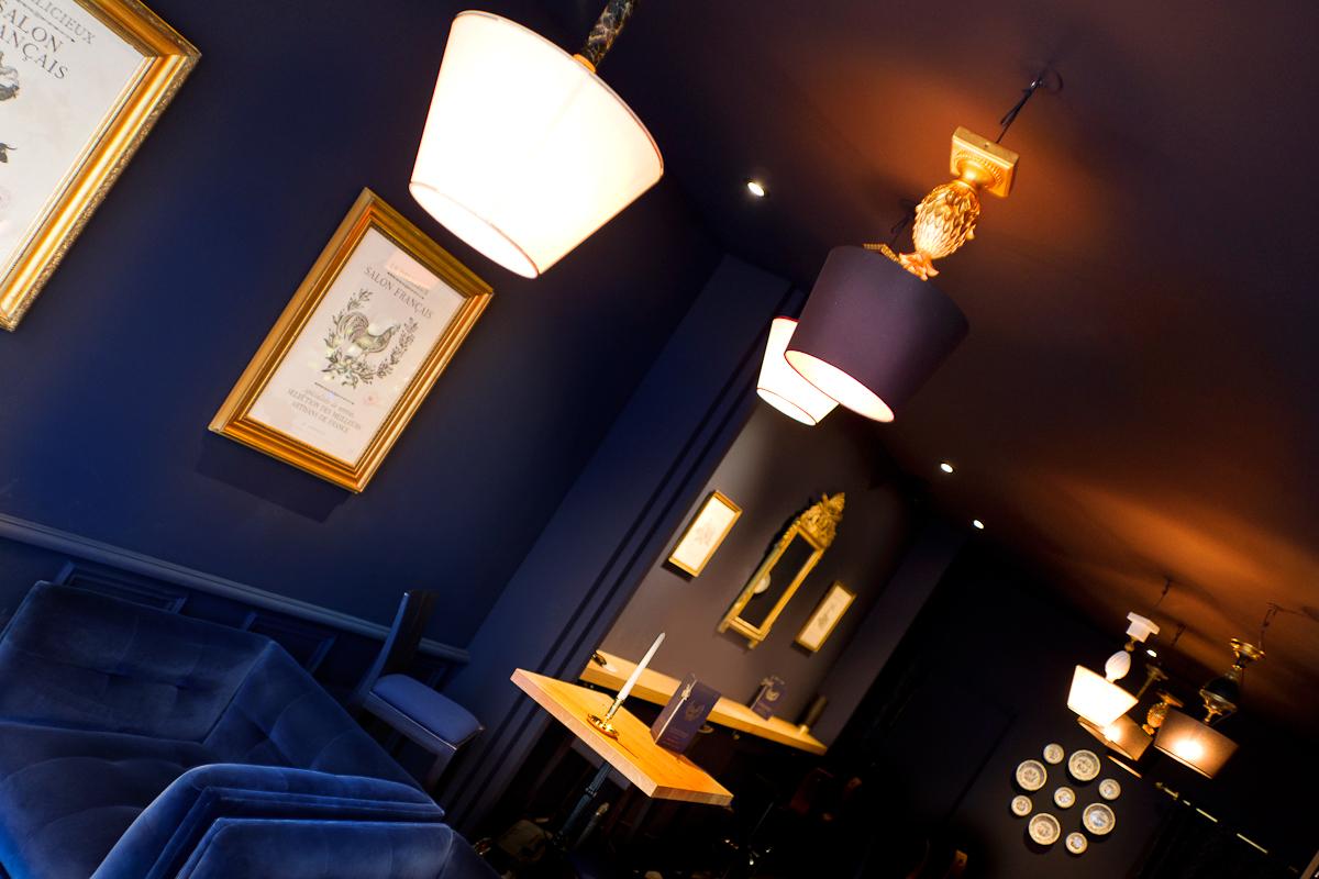 frametonic agence de communication design d 39 espace retail design. Black Bedroom Furniture Sets. Home Design Ideas